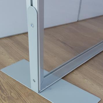 Aluminijska pregradna stijena Stretchframe s uklj. prozirnim banerom od PVC-a
